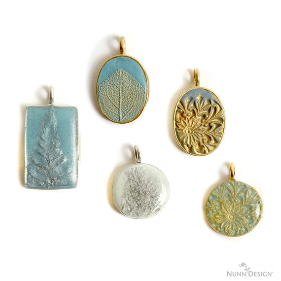 Create Texture with a Silicone Mold, Colorized Epoxy Clay, PearlEx Powders and Nunn Design Resin